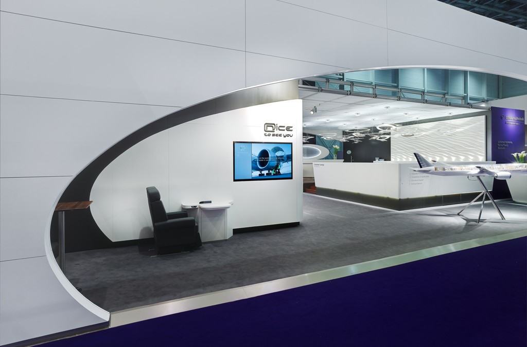 Lufthansa Technik AG, VIP & Special Mission Aircraft Services – Messestand International